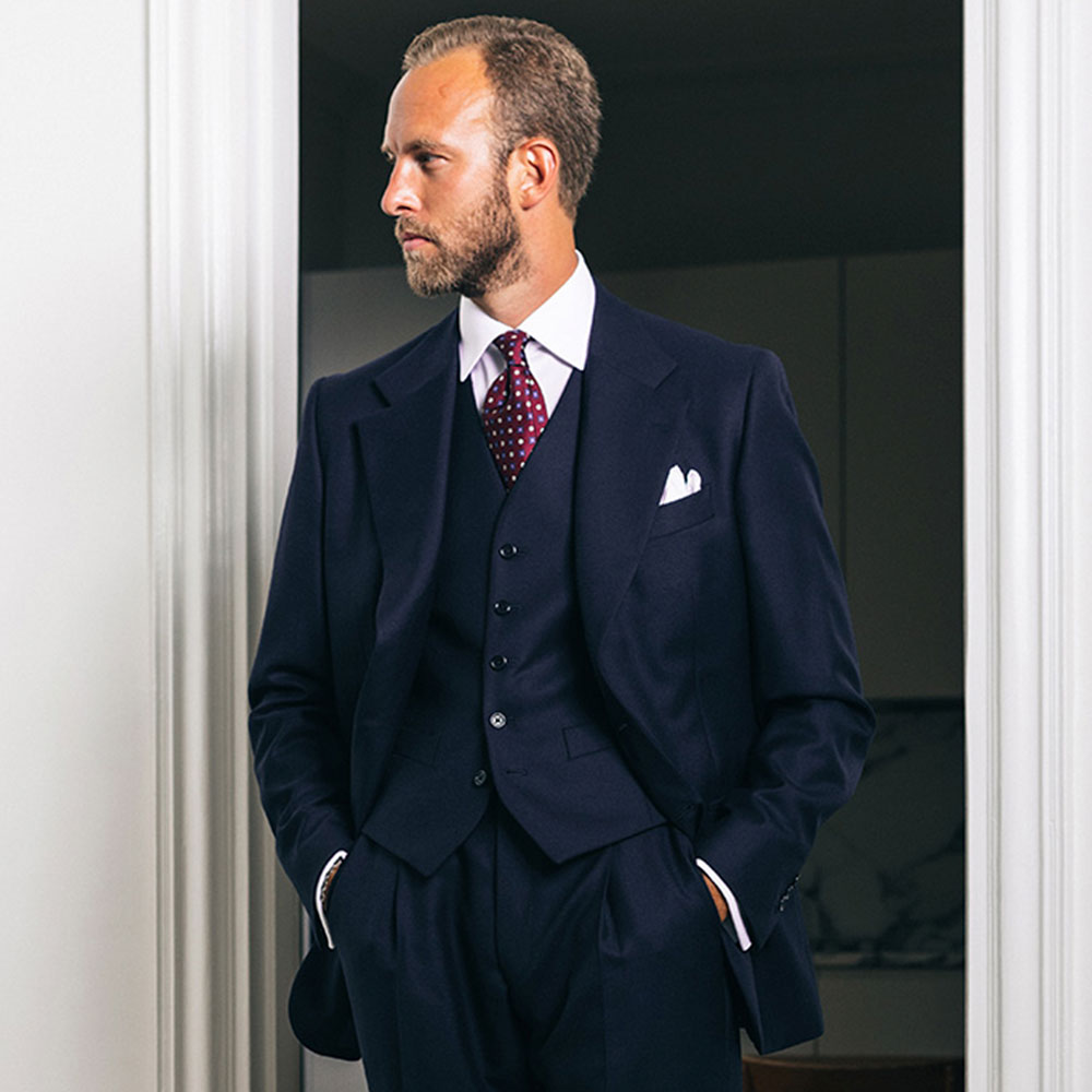 mond-of-copenhagen-andreas-weinas-custom-tailoring-suit-dark-navy-blue